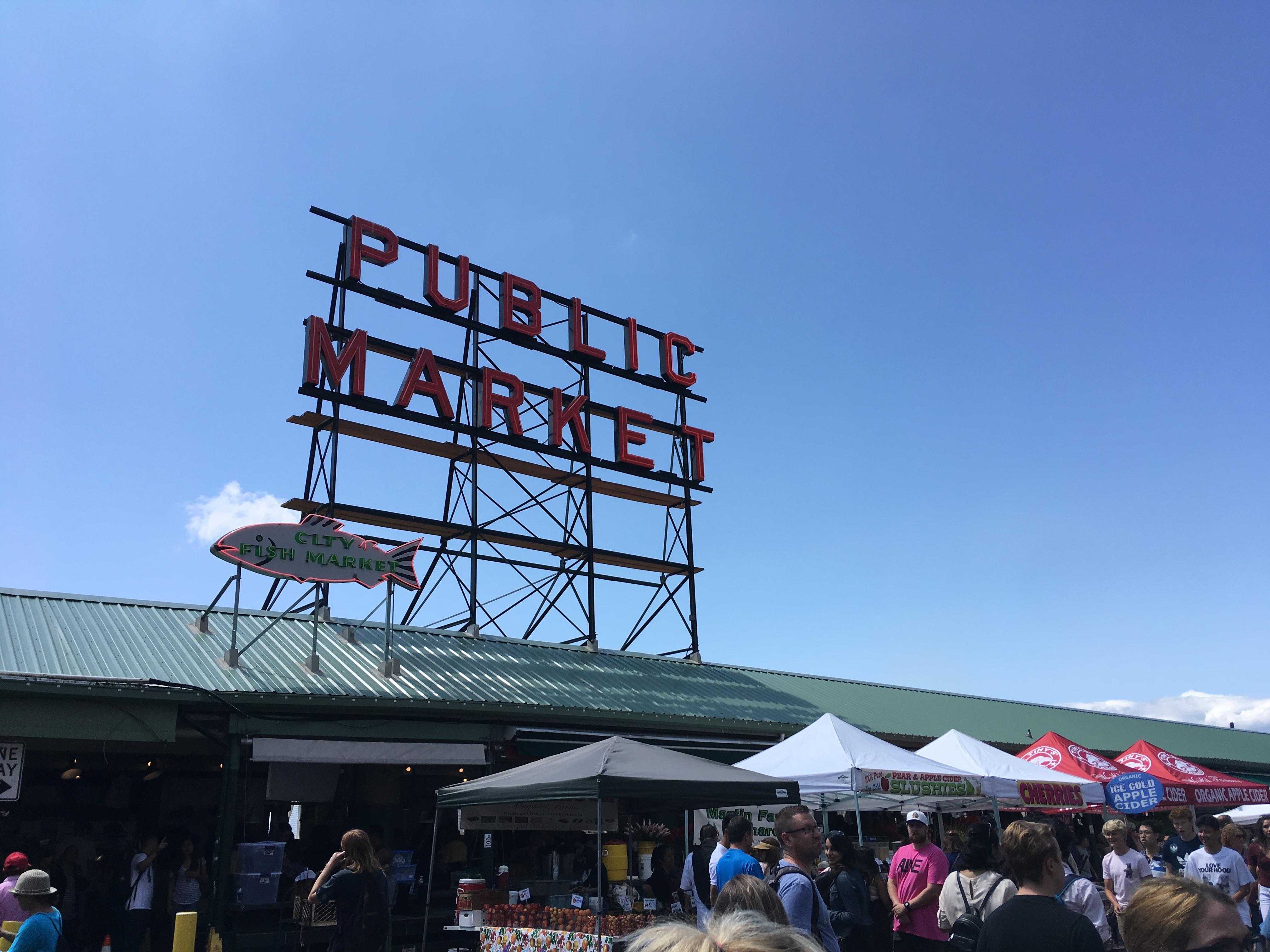 シアトルの観光名所、パイクプレイスマーケット