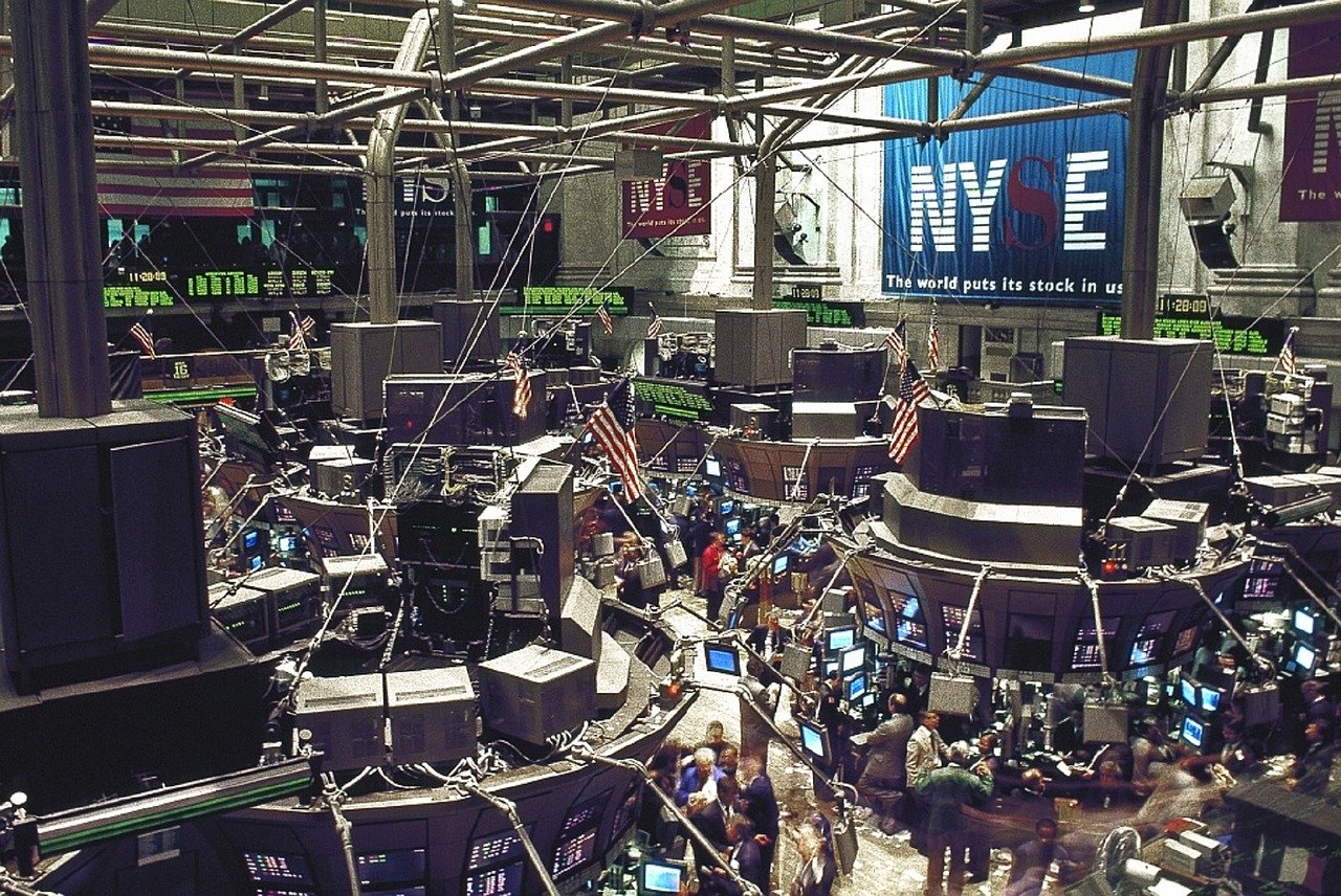 初心者がまとめてみた米国株式投資Q&A【バフェット銘柄から配当金まで】