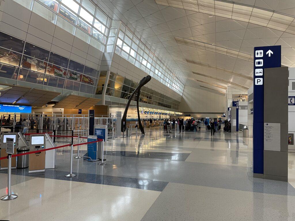 DFW空港